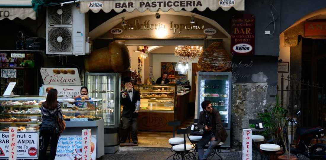 Mejores zonas donde alojarse en Nápoles, Italia
