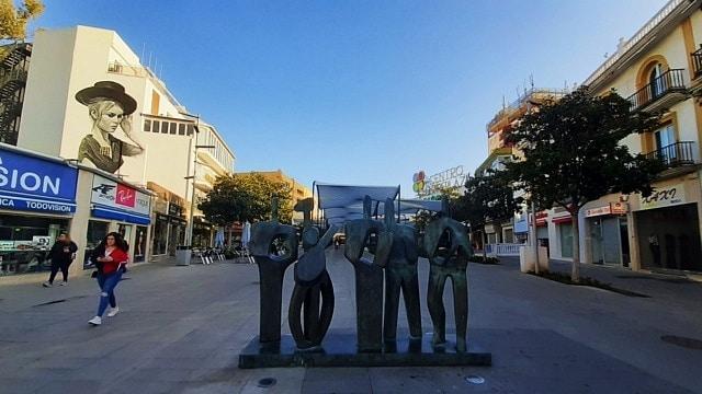 Most convenient location in Torremolinos - Around the train station