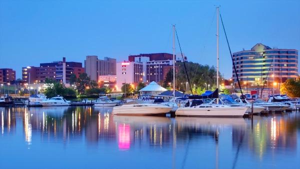 Dónde alojarse en Erie - Erie Bayfront