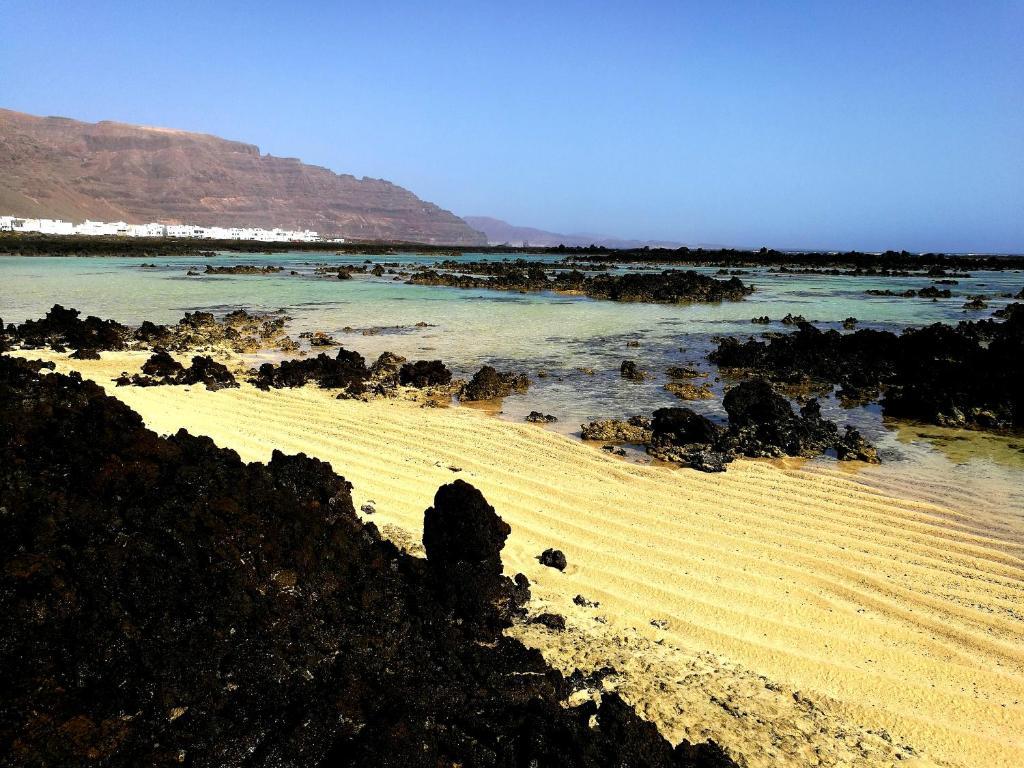 Dónde alojarse en Lanzarote para visitar La Graciosa - Órzola