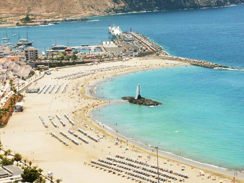 Dónde buscar alojamiento en la isla de Tenerife - Los Cristianos