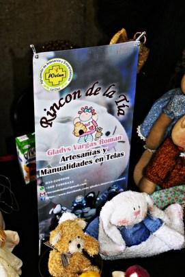 """""""Rincón de la Tía"""". Artesanías y Manualidades en Telas. Fono: 332269950. WathsApp: +56974989433. Mail: rincondelatia@gmail.com"""