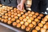 takoyaki-cooking