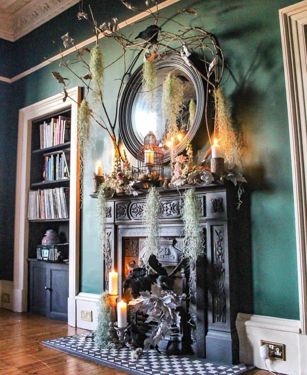 A little fireplace changeover, ready for Halloween night. Instagram  @the_1882_house