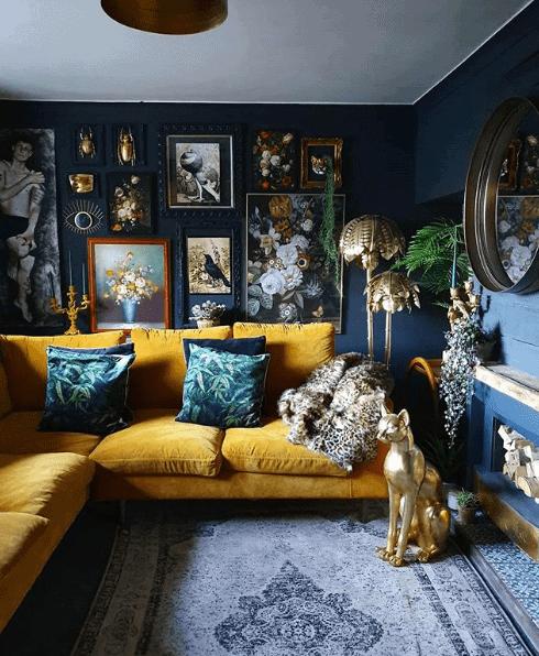 A dark and brooding vintage gallery wall Instagram: @hilaryandflo