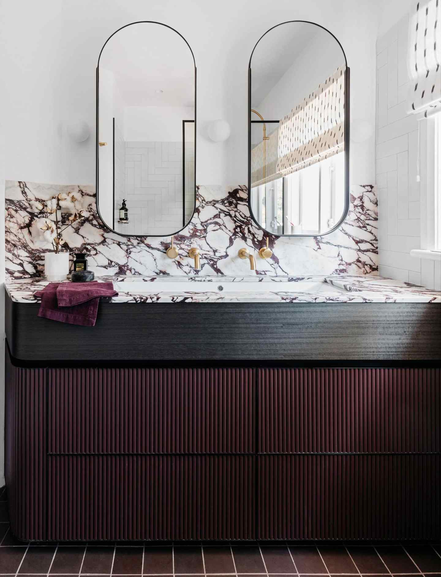 interior, interiors, interior design, interior design trends, trends, 2020, 2020 trends, rattan, faces, jewel tones, ribbed furniture, design, colours, colors, colour trends, bathroom