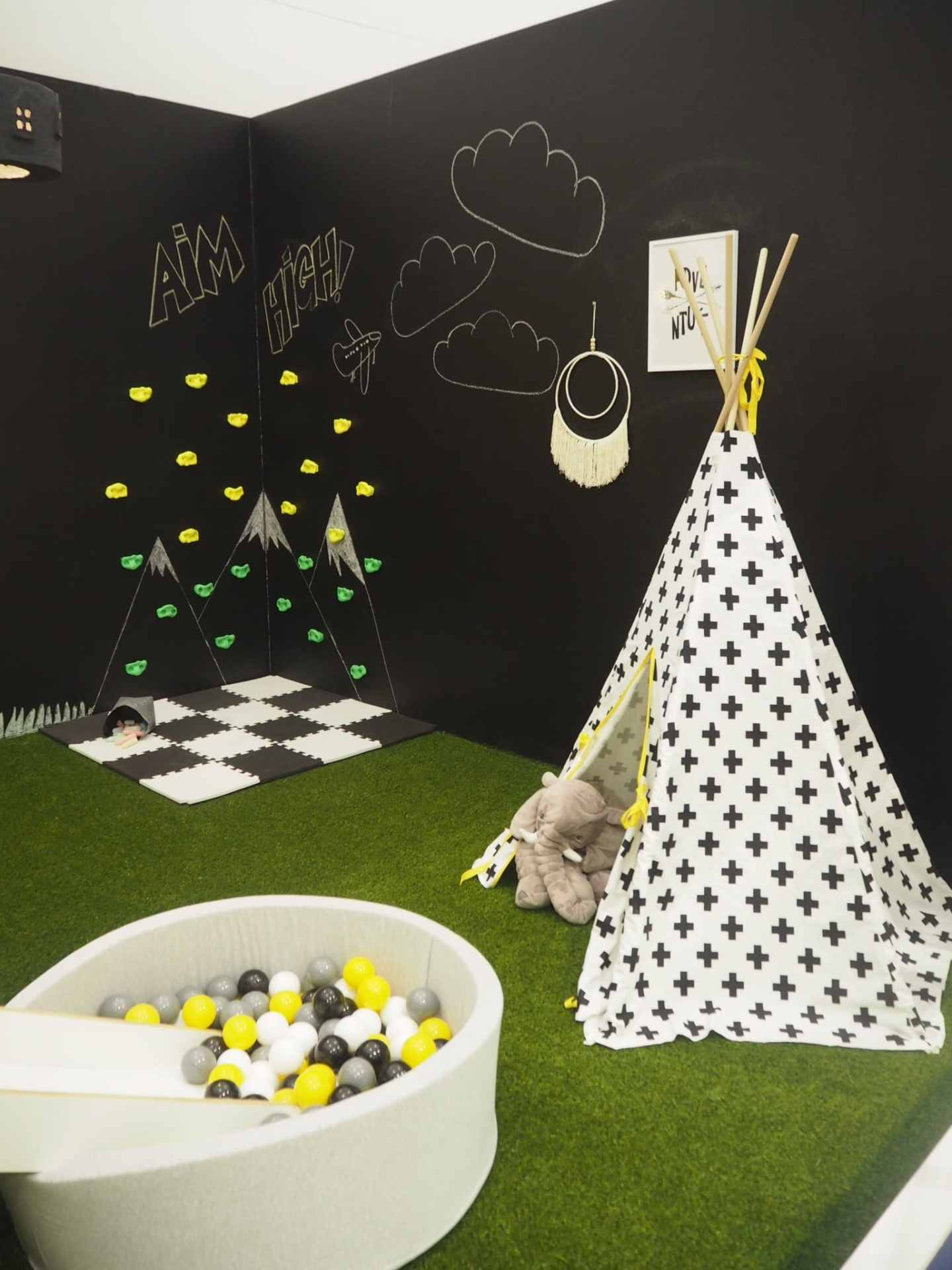 Fabulous chalk board wall and teepee to play with