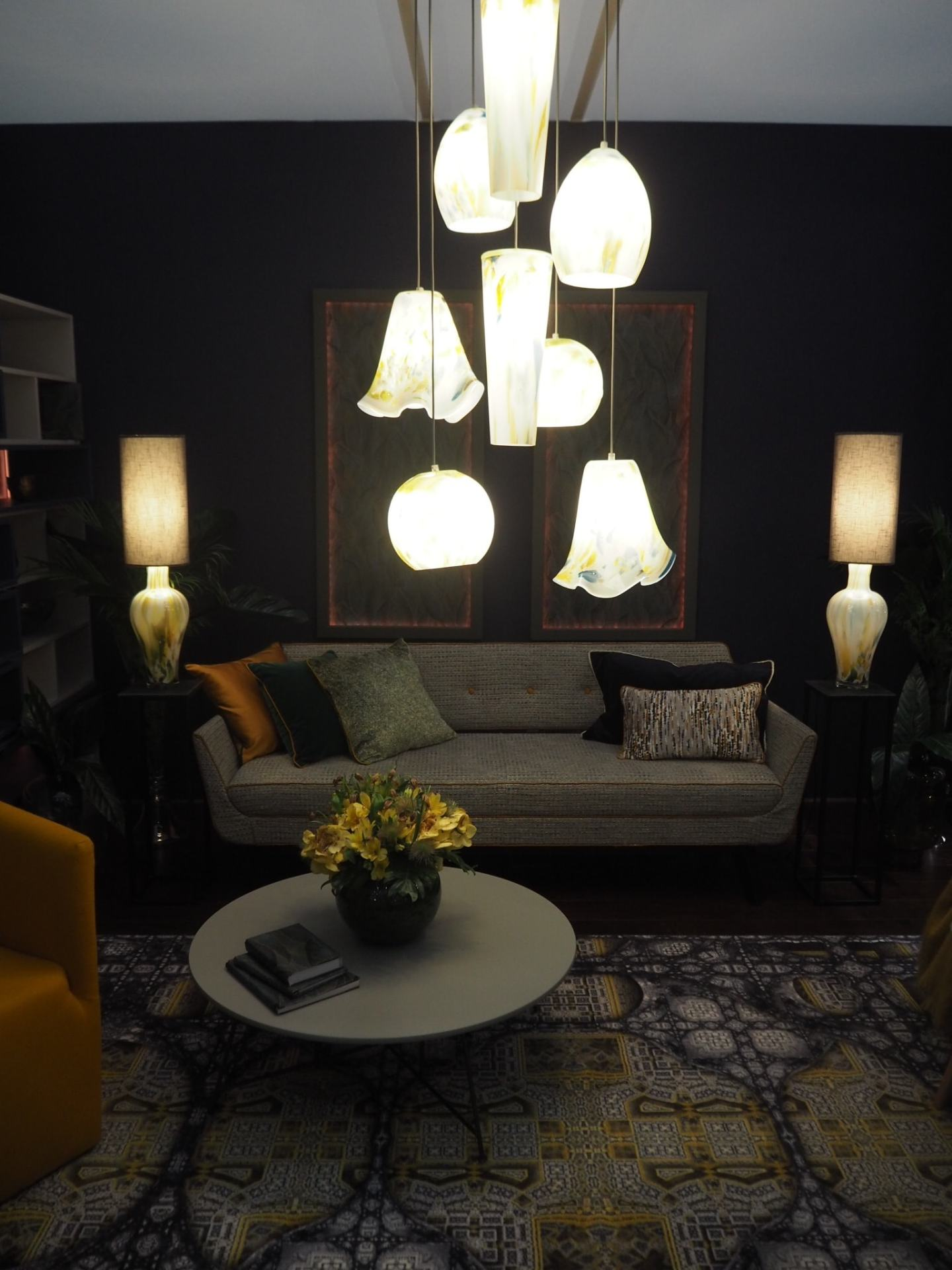 It's all about the fabulous lighting!