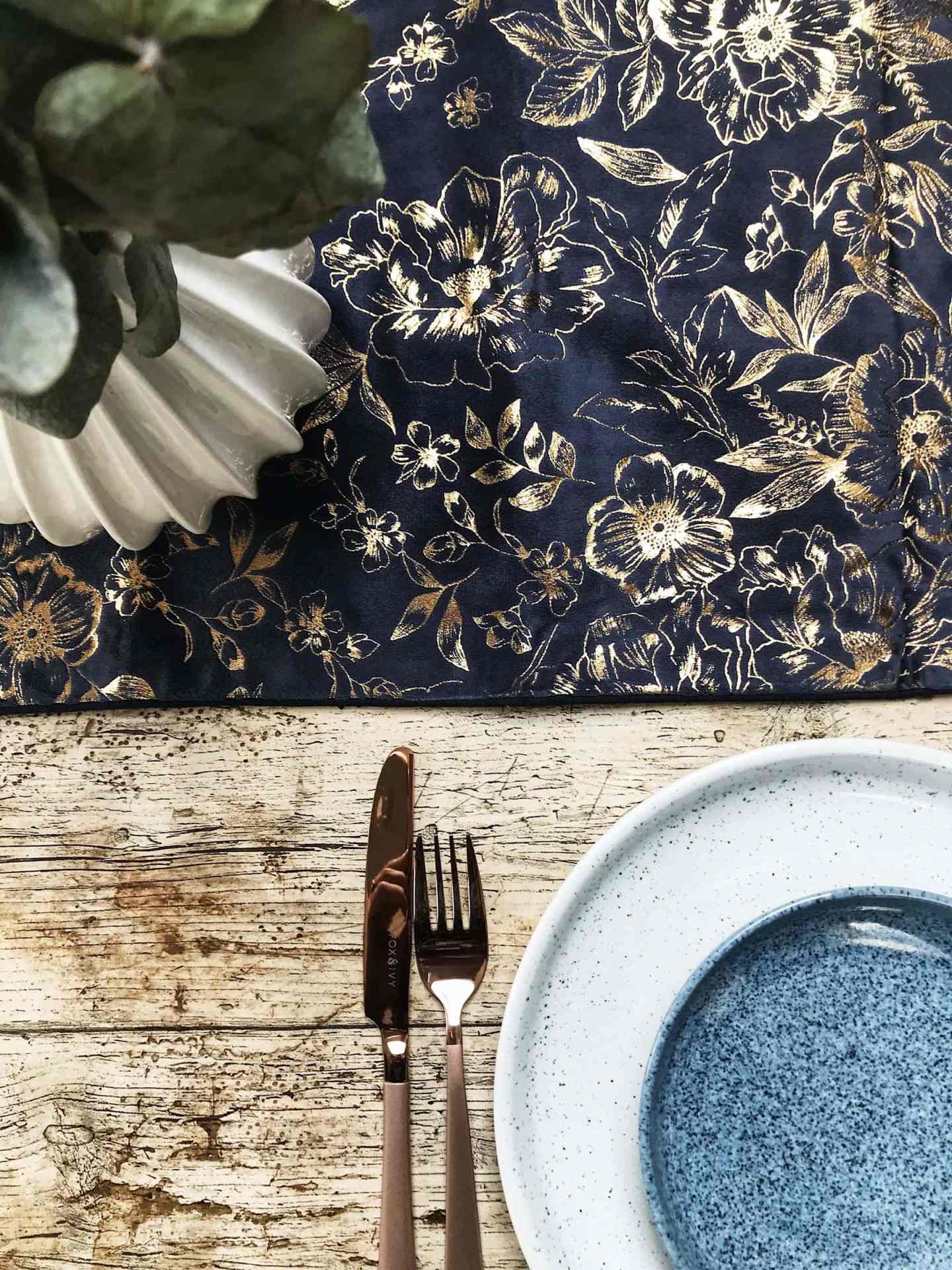 A beautiful navy blue and gold runner -  Fox & Ivy