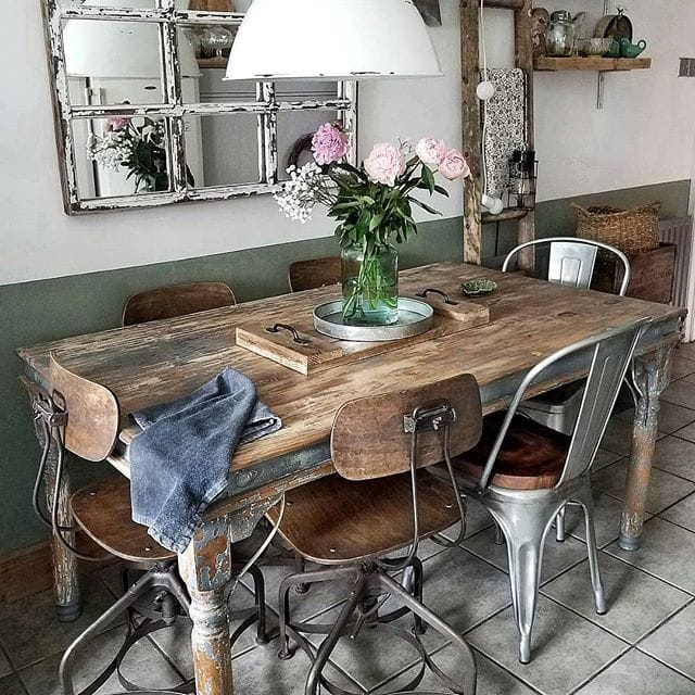 A stunning example of mixing vintage dining chairs from the Queen of table styling -  Instagram: @sixat21