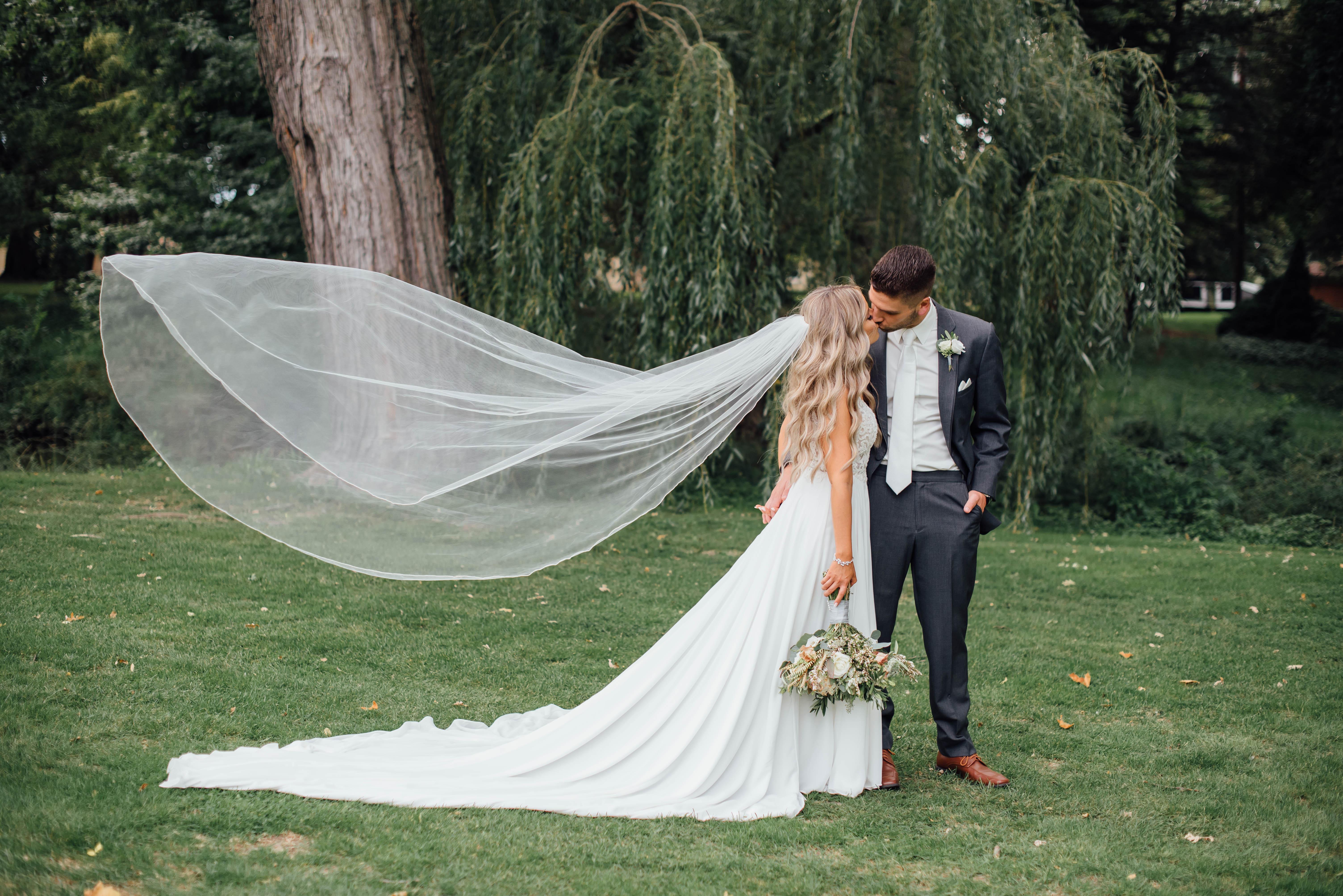 Alexa + Shane //Metro- Detroit Wedding