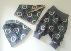 Mel.Anni's handmade Pumphose mit Loop und Beanie
