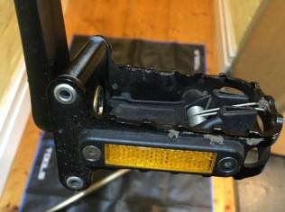 Dirty folding pedal