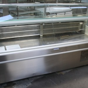 2000mm Curved Glass Deli Display
