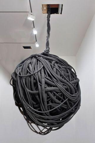 untitled-hanging-lump-4-by-phyllida-barlow-2012-1371070422_b