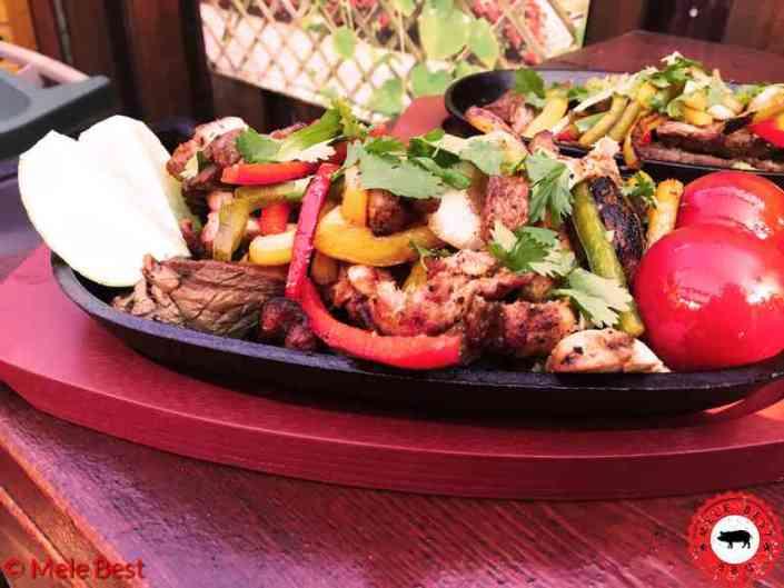Beef chicken fajita