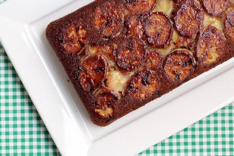 Bolo integral de banana com brown butter - Receita fácil, integral e simplesmente deliciosa. Confira a receita!