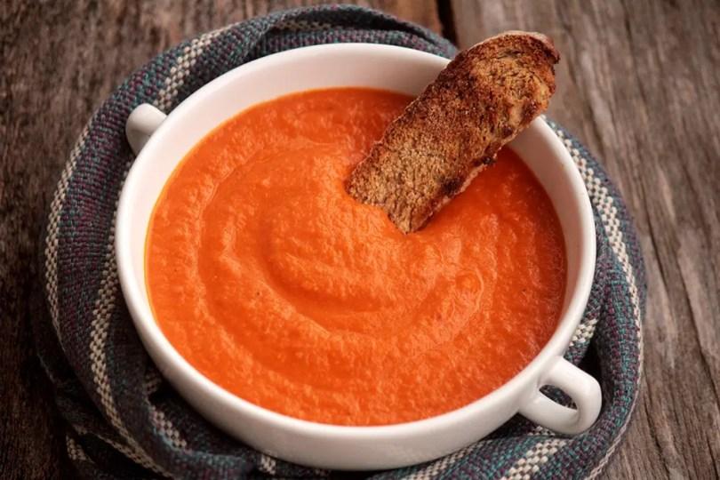 Receita de sopa de tomates assados