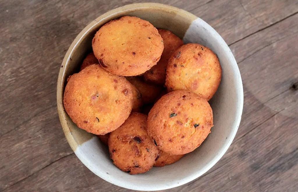Bolinho de grão-de-bico e ricota – Saudável e saboroso
