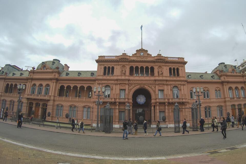 Casa Rosada na Plaza de Mayo em Buenos Aires