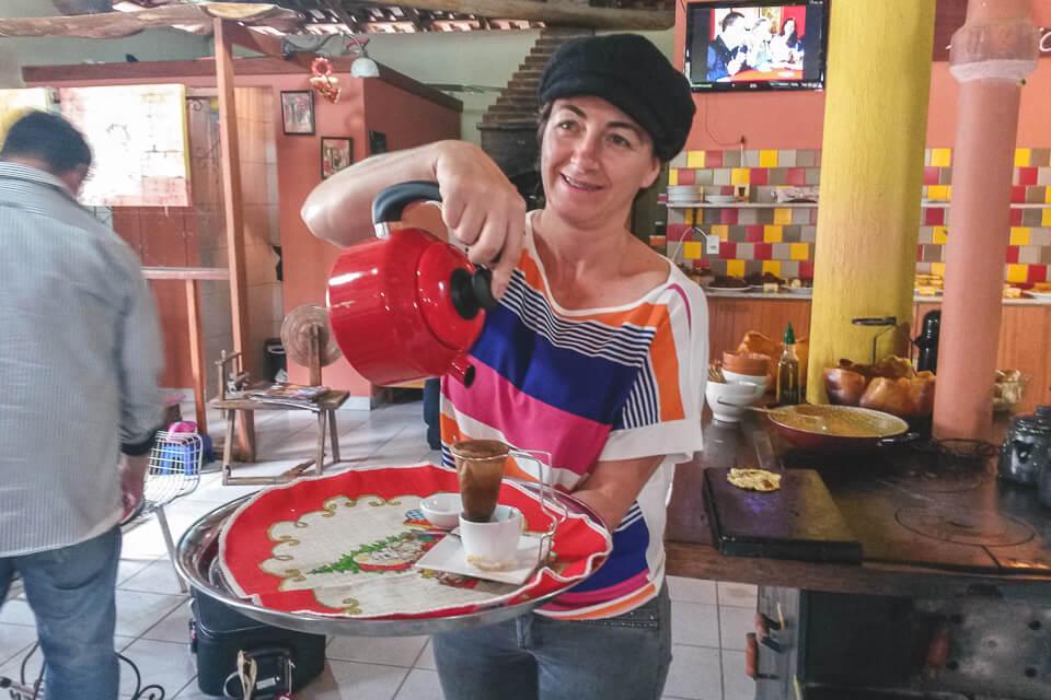 Comidas tipicas do espirito santo pizza de polenta e café - Café da Roça Altoé da Montanha