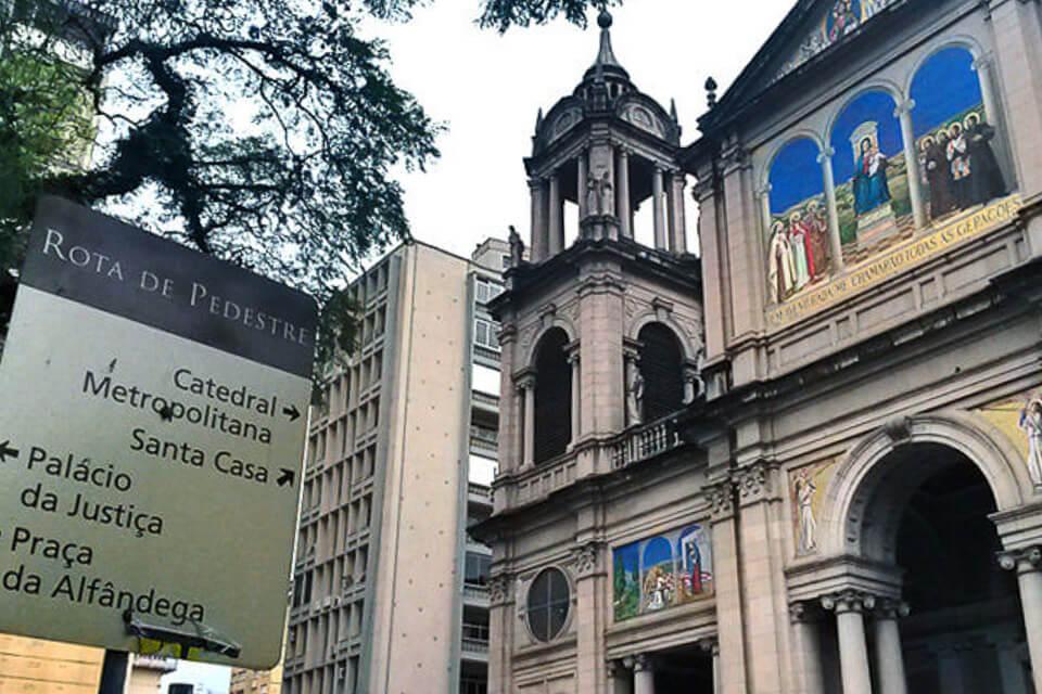 Centro Histórico de Porto Alegre a pé - Catedral Metropolitana