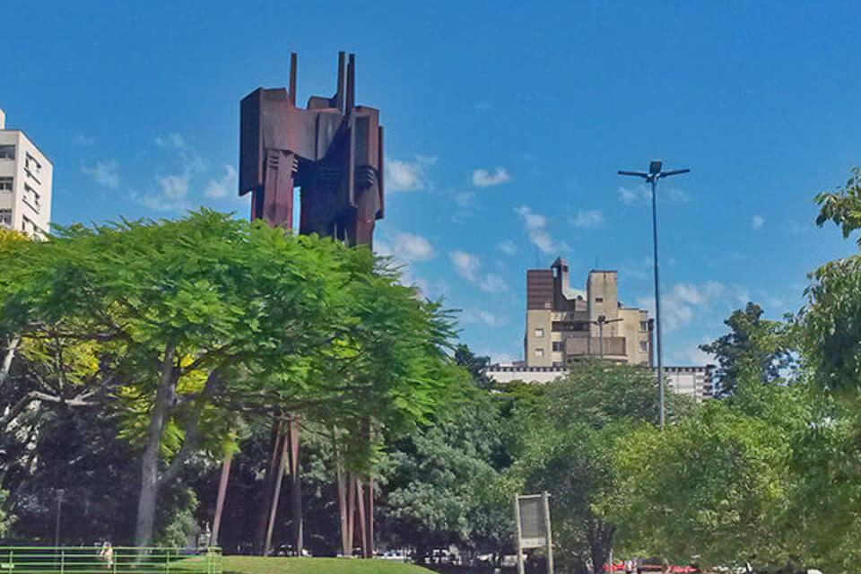 4 lugares gratuitos para visitar em Porto Alegre Parque Moinhos de Vento (Parcão)