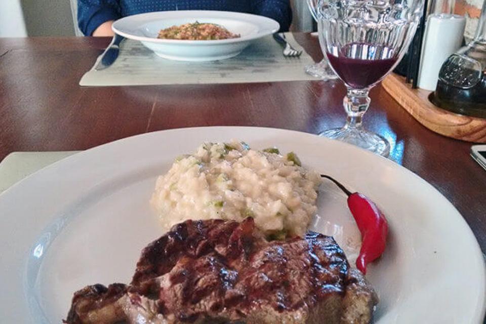 Onde comer em Porto Alegre almoço comida italiana risotto