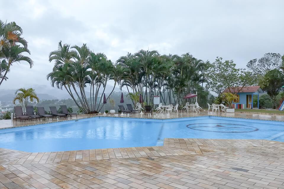 Hotel com piscina em Brusque