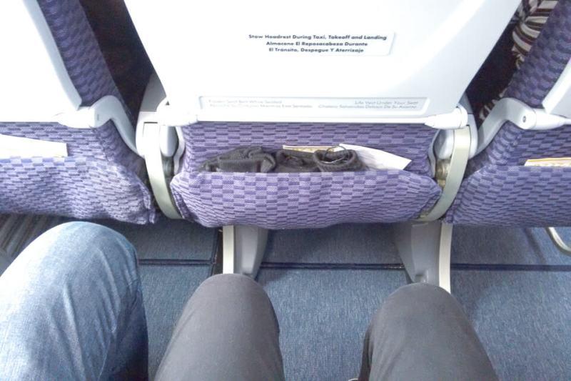 Como é voar Copa Airlines? assentos da classe econômica