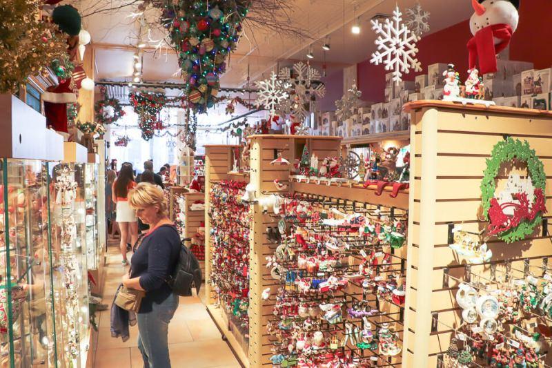 Onde fazer compras em Montreal? Noel Eternal