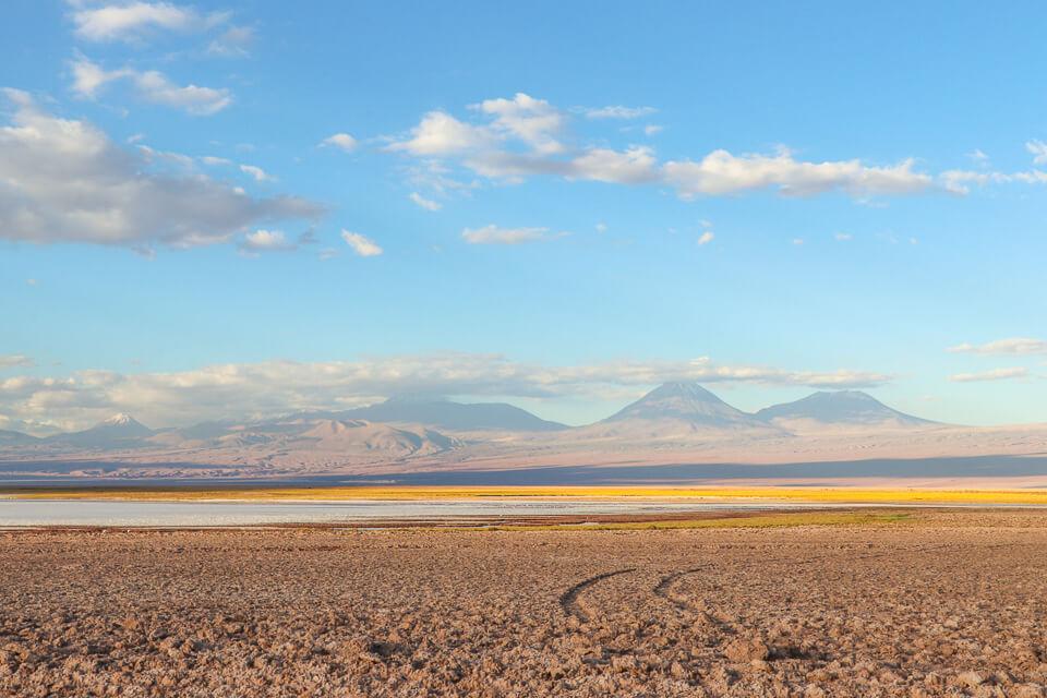 Laguna Tebinquiche é um dos principais passeios do Atacama