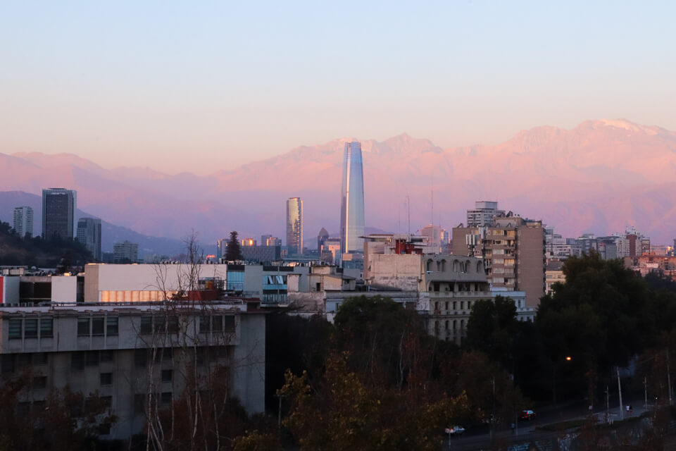 Hotel com vista para a cordilheira em santiago do chile, Luciano K