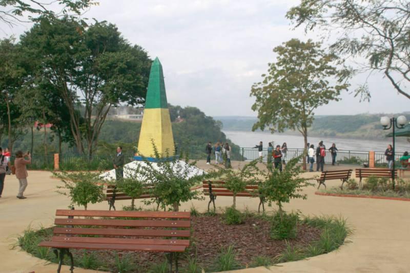 City Tour Foz do Iguaçu - marco das três fronteiras