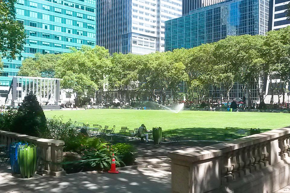 Bryant Park é um dos principais pontos turísticos de Nova York