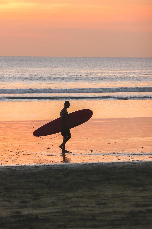 Por do sol em Kuta Beach Bali Indonésia
