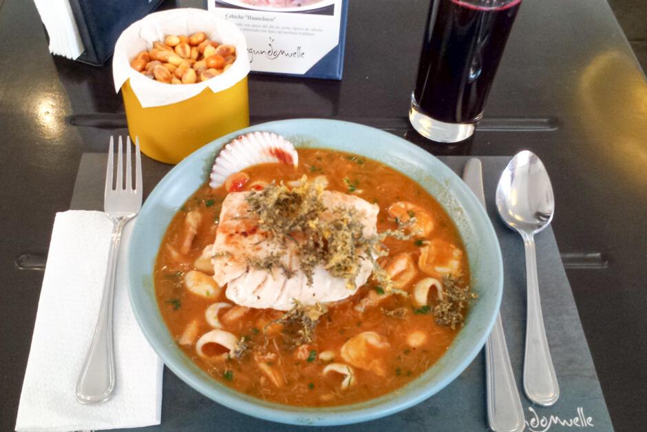O que comer em Lima - Pescado a la salsa parihuela