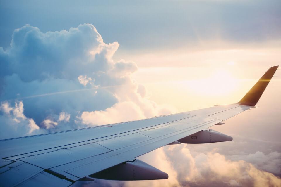 Pontos positivos e negativos das cias aéreas low cost