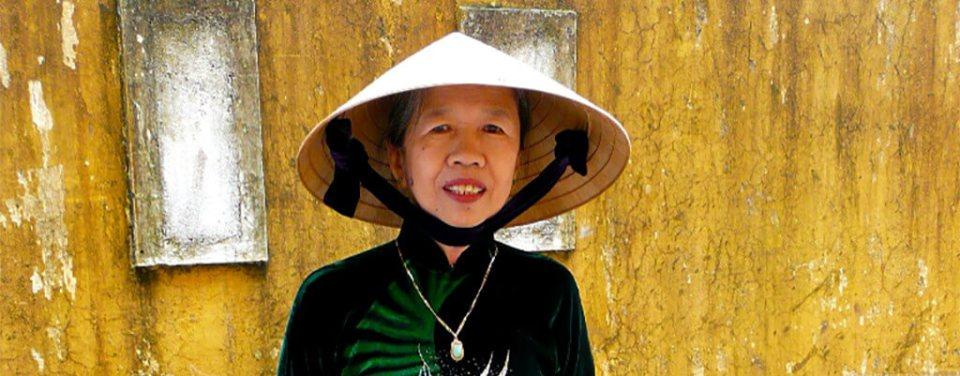 Roupa típica do Vietnam Ao Dai