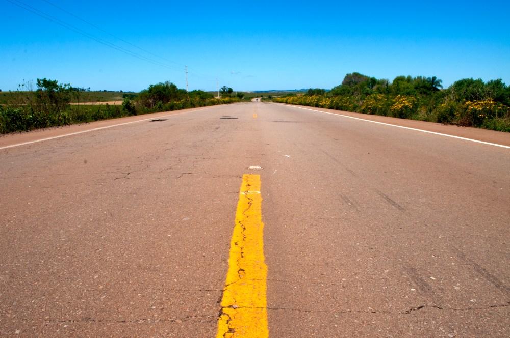 música para viajar. RS-332 Entre Soledade e Espumoso, Rio Grande do Sul (Rafaela Ely©2012)