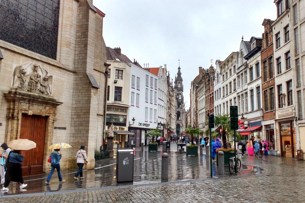 Bruxelas, Bélgica, cidade em que fiquei no Urban City Center Hostel - Agosto/2016. (Foto: Rafaela Ely)