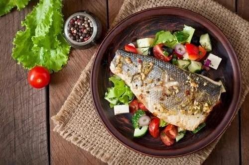 Jantar saudável para pessoa com colite