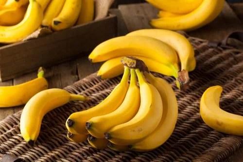 A banana é uma das melhores frutas tropicais para a saúde