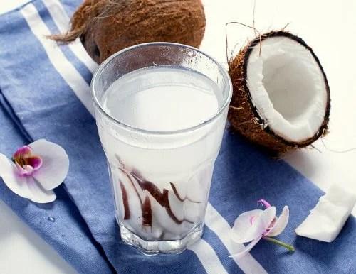 O coco é uma das melhores frutas tropicais para a saúde