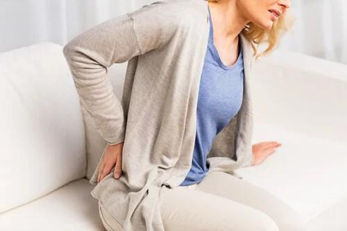 Dor nas costas é um sinal de problemas renais