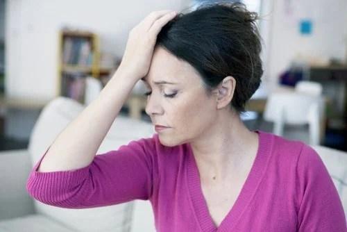 Dor de cabeça é um sintoma do câncer de ovário