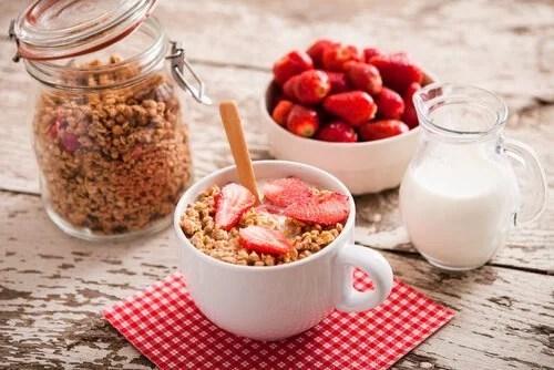Café da manhã saudável para pessoa com colite