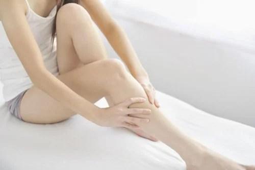 Sintomas da síndrome das pernas inquietas