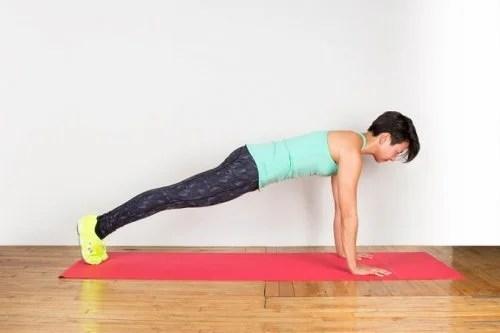 prancha-500x333 Exercícios tibetanos para trabalhar todos os músculos em 10 minutos