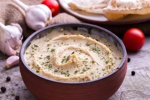 Pasta feita com receitas de húmus